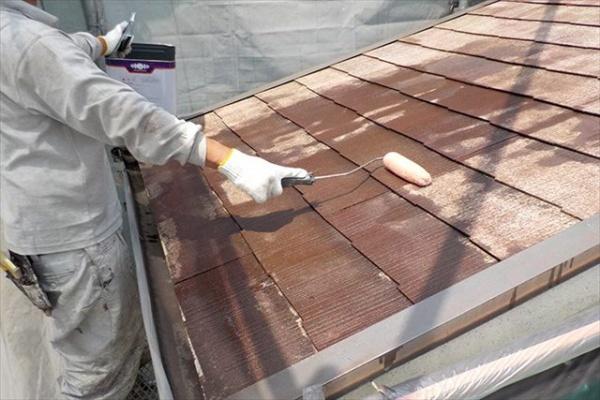 屋根塗装塗り替えの必要性とは